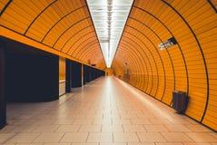 Gångtunnel i Munich arkivfoton