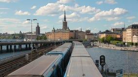 Gångtunneldrev i en mitt av Stockholm, Sverige lager videofilmer