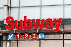 Gångtunnelen undertecknar in NYC Royaltyfria Foton