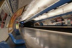 Gångtunnelstation i Paris Arkivbilder