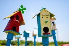 gård för white för USA för hus för tillbaka färg för fågel blå hängande röd Royaltyfri Foto