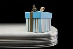 gåva för blå ask Fotografering för Bildbyråer