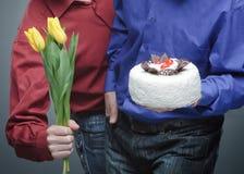 Gåva till ferien En gåva till 8th mars, till kvinnan Royaltyfri Bild