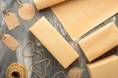 gåvaaskar med annullerar för en orientering, trycket som annonserar arkivbild