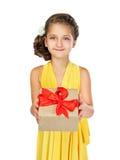 gåvaflickaholding little Fotografering för Bildbyråer