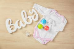 Gåvor för baby shower Arkivfoton