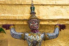 Géant Bouddha dans le palais grand, Thaïlande Photos stock