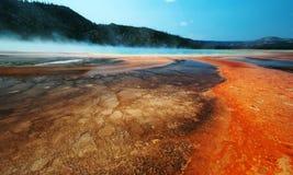 Géiser en Yellowstone, América Fotografía de archivo