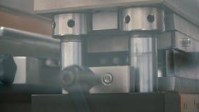 Gélules automatiques d'emballage de machine dans des paquets banque de vidéos