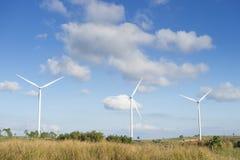 Générateur de courant électrique de turbine de vent dans Phetchabun, Thaïlande images libres de droits