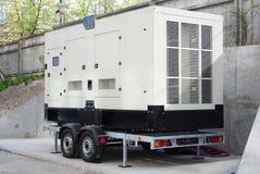 Générateur diesel industriel Générateur de réserve Le générateur diesel industriel pour l'immeuble de bureaux s'est relié au pann image stock