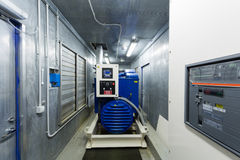Générateur diesel pour la puissance de secours dans la chambre photo libre de droits