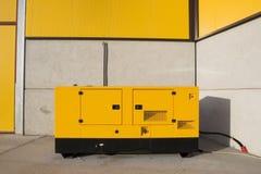 Générateur jaune 3 photos stock
