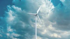 Générateurs d'énergie éolienne sur le fond de ciel Photos libres de droits