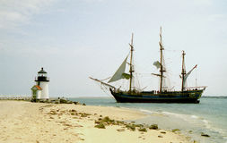 Générosité de bateau au phare de point de Brant Images stock