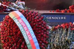 Génocide inscrit sur le monument aux victimes du massacre de Khojaly Images stock