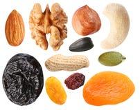 Gérmenes cercanos y frutas secadas Imagen de archivo libre de regalías
