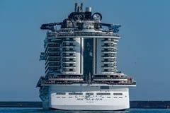 GÊNES, ITALIE - 17 juin 2018 - MSC Seaview partant du port image stock