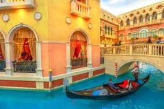 Góndola veneciana del casino imagenes de archivo