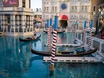 Góndolas en el hotel y el casino venecianos Foto de archivo libre de regalías