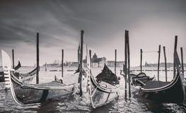 Góndolas en la plaza San Marco, Venecia, Italia foto de archivo