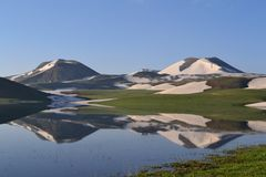 gór jeziorni odbicia zdjęcie royalty free