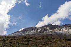 Góra chmurnieje formację obrazy royalty free