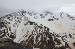 Góra Elbrus po burzy piaskowej Północny Kaukaz, Rosja obraz royalty free