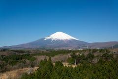Góra Fuji na Jasnym niebo dniu Obrazy Stock