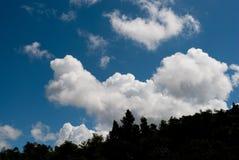 Góra i chmura zdjęcia royalty free