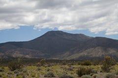 Góra i niebo Obrazy Royalty Free