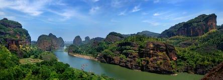 Góra i rzeka Zdjęcie Royalty Free