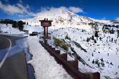 Góra kapiszonu park narodowy, Timberline stróżówka, Sceniczna droga, Oregon Fotografia Stock