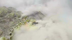Góra krajobraz z krateru jeziorem zbiory wideo