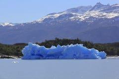 Góra lodowa od lodowa Zdjęcia Royalty Free