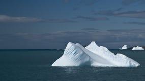 góra lodowa samotna