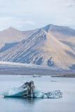 Góra lodowa w lodowej lagunie, Iceland zdjęcie royalty free