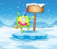 Góra lodowa z szczęśliwego potwora pobliskim pustym signboard Fotografia Stock