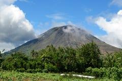 Góra Lokon w Tomohon Zdjęcie Royalty Free