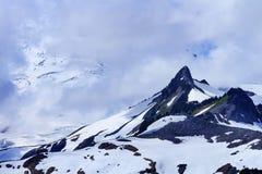 Góra piekarz Pod chmurami od artysty punktu stan washington Obraz Stock
