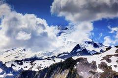 Góra piekarz Pod chmurami od artysty punktu stan washington Zdjęcia Royalty Free