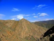 Góra przez Eghegnadzor Fotografia Stock