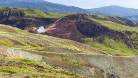 góra skłony w Hveragerdi Gorącej wiosny Rzecznym śladzie Zdjęcia Stock