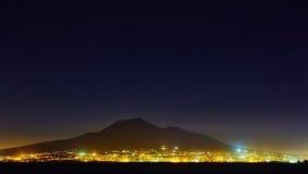 Góra Vesuvius od Sorrento, Włochy zdjęcie stock
