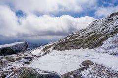 Góra w chmurach obrazy royalty free