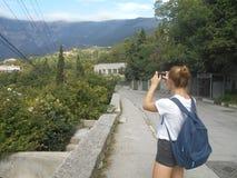 Góra, wycieczkuje, kobieta, natura, krajobraz, podróż, potomstwa, niebo, turysta, góry, widok, ludzie, trekking, plenerowy, wycie obrazy stock