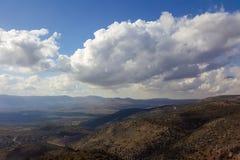 Górne Galilee góry krajobraz, wzgórze golan natura widoku od nemroda Pojęcie: odkrywa podróży miejsce przeznaczenia Fotografia Stock