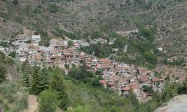 Górska wioska Askas przy Troodos górami, Cypr Zdjęcia Stock