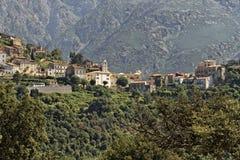 Górska wioska Belgodere w Nebbio regionie, Corsica, Francja, obraz royalty free