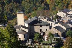 Górska wioska Counozouls w Pyrenees obraz stock